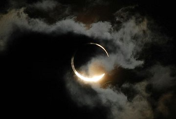 2012512_eclips